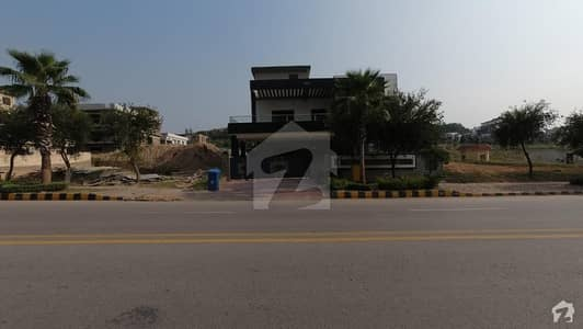 4500 Square Feet House For Sale In Bahria Enclave - Sector C
