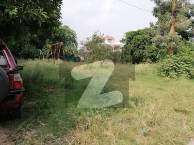 40x80 Double Storey House For Sale With Extra Land