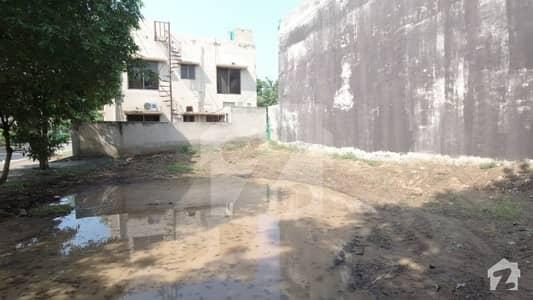 بحریہ ٹاؤن عثمان بلاک بحریہ ٹاؤن سیکٹر B بحریہ ٹاؤن لاہور میں 9 مرلہ رہائشی پلاٹ 1.4 کروڑ میں برائے فروخت۔