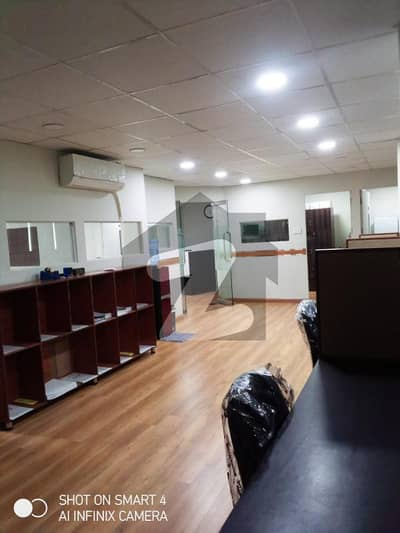 1650 Square Feet Office On Monthly Rent 138000 On Main Boulevard Gulberg, Lahore