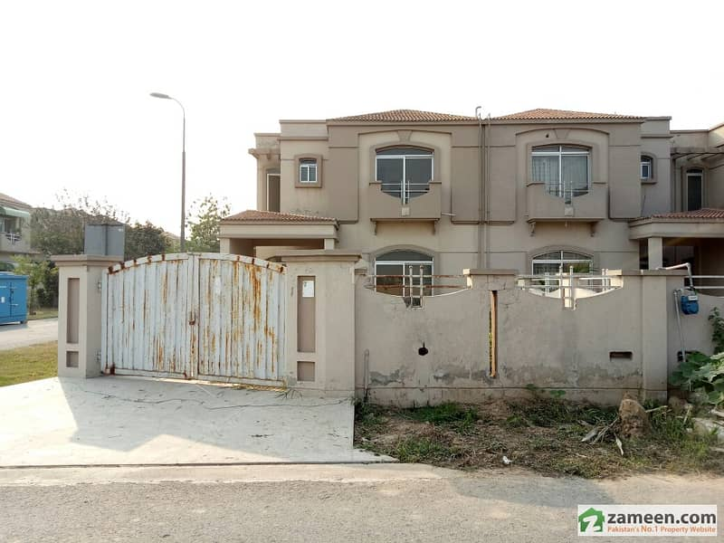 Brand New Double Unit Double Storey House For Sale