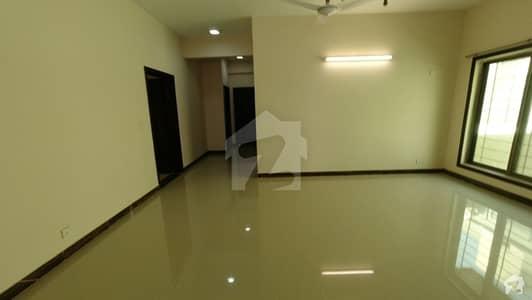 عسکری 5 ۔ سیکٹر جی عسکری 5 ملیر کنٹونمنٹ کینٹ کراچی میں 5 کمروں کا 1 کنال مکان 6.75 کروڑ میں برائے فروخت۔
