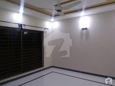 ایف ۔ 10 اسلام آباد میں 6 کمروں کا 1 کنال مکان 1.15 کروڑ میں برائے فروخت۔