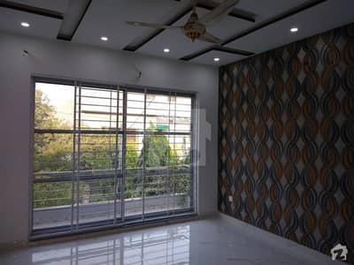 10 Marla House In Punjab Coop Housing Society Is Available For Taking