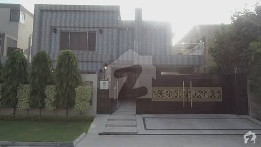 1 Kanal Beautiful Design Owner Built Bungalow With Basement Is For Sale At Green City