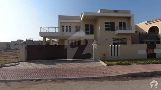 بحریہ ٹاؤن فیز 8 ۔ بلاک اے بحریہ ٹاؤن فیز 8 بحریہ ٹاؤن راولپنڈی راولپنڈی میں 6 کمروں کا 1.35 کنال مکان 5.6 کروڑ میں برائے فروخت۔