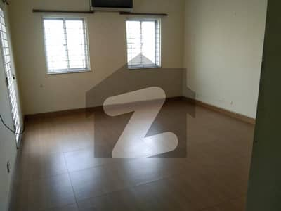In Bahria Orchard Villas House Sized 4500 Square Feet For Rent