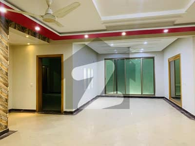 10 Marla Beautiful Corner House For Rent In Dha Phase 5 Near Jalal Sons