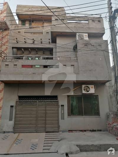 سبزہ زار سکیم ۔ بلاک ایم سبزہ زار سکیم لاہور میں 5 کمروں کا 5 مرلہ مکان 1.5 کروڑ میں برائے فروخت۔