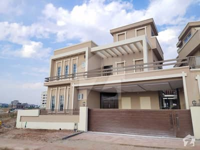 13 Marla Brand New House With Basement For Sale