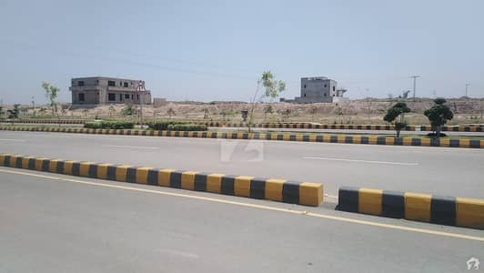 ڈی ایچ اے ڈیفینس پشاور میں 1 کنال رہائشی پلاٹ 2.2 کروڑ میں برائے فروخت۔