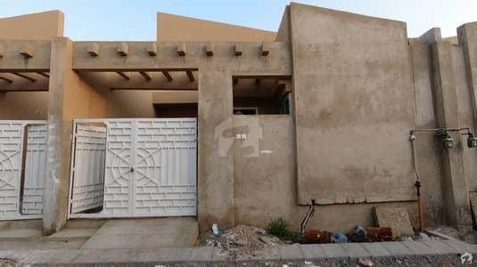 کے این گوہر گرین سٹی شاہراہِ فیصل کراچی میں 2 کمروں کا 3 مرلہ مکان 75 لاکھ میں برائے فروخت۔