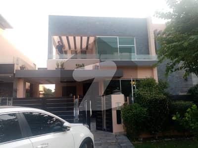 ڈی ایچ اے فیز 6 ڈیفنس (ڈی ایچ اے) لاہور میں 4 کمروں کا 10 مرلہ مکان 1.35 لاکھ میں کرایہ پر دستیاب ہے۔