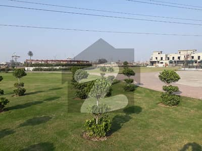 ستارہ سپریم سٹی فیصل آباد میں 7 مرلہ رہائشی پلاٹ 56 لاکھ میں برائے فروخت۔