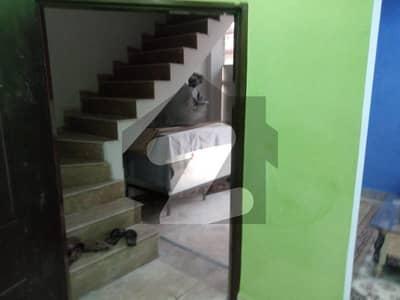 ایس اے گارڈنز فیز 1 ۔ شیر اعظم بلاک ایس اے گارڈنز فیز 1 ایس اے گارڈنز جی ٹی روڈ لاہور میں 2 کمروں کا 3 مرلہ مکان 35 لاکھ میں برائے فروخت۔