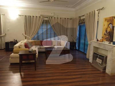 Prime Location Fully Furnished Excellent House Lush Green Garden Ideal For Foreigners