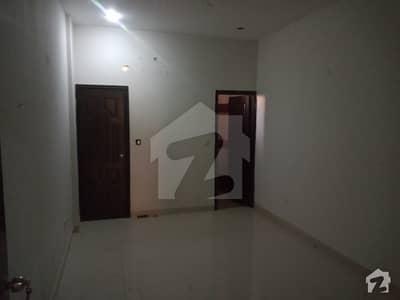 راحت کمرشل ایریا ڈی ایچ اے فیز 6 ڈی ایچ اے کراچی میں 2 کمروں کا 5 مرلہ فلیٹ 40 ہزار میں کرایہ پر دستیاب ہے۔