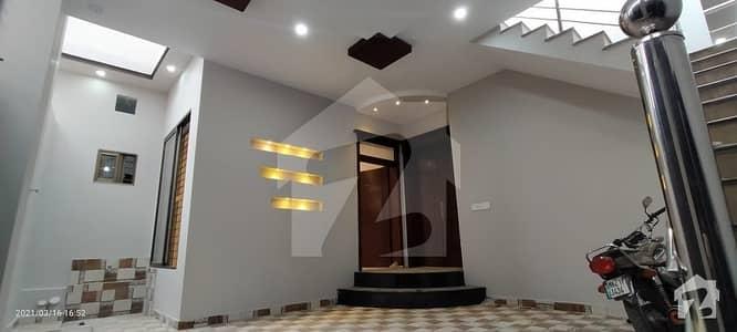 6.5 Marla House In Kehakshan Street Gulgasht Colony Multan