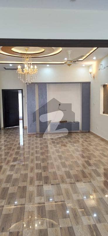 بحریہ ٹاؤن ۔ بلاک ڈی ڈی بحریہ ٹاؤن سیکٹرڈی بحریہ ٹاؤن لاہور میں 5 کمروں کا 10 مرلہ مکان 2.75 کروڑ میں برائے فروخت۔