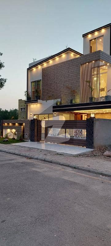 10 Marla House For Sale In Ghaznavi Block Bahria Town Lahore Pictures Are Guaranteed Original