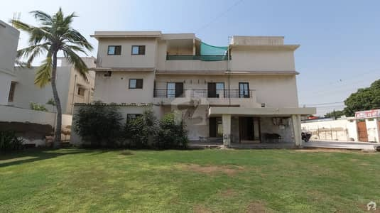 1200  Sq. Yd House Available For Sale In Rs 200,000,000