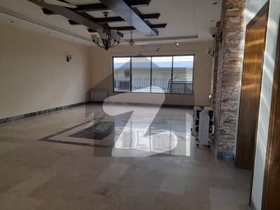 Multinational And Embassy Luxurious House With Big Garden Available For Rent