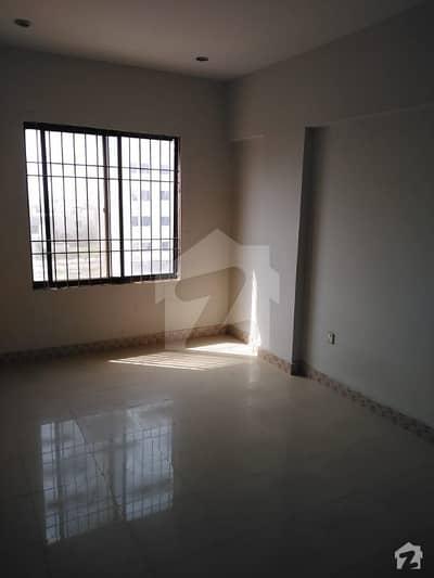 ڈی ایچ اے فیز 7 ایکسٹینشن ڈی ایچ اے ڈیفینس کراچی میں 2 کمروں کا 4 مرلہ فلیٹ 42 ہزار میں کرایہ پر دستیاب ہے۔