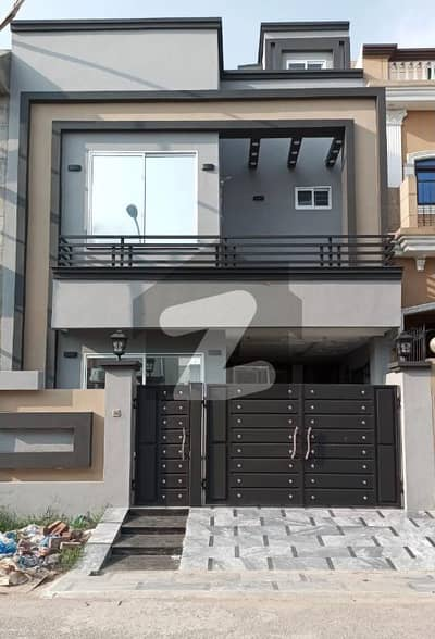 Property Hub & Consultant Offers 5 Marla Brand New House Available For Sale In Orchard1 Block