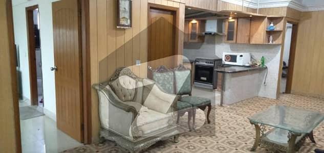 ڈی ایچ اے فیز 2 ڈی ایچ اے کراچی میں 3 کمروں کا 8 مرلہ فلیٹ 1 لاکھ میں کرایہ پر دستیاب ہے۔
