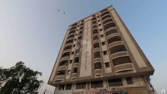 550 Square Feet Spacious Flat Available In Gulshan-E-Maymar - Sector Z For Sale