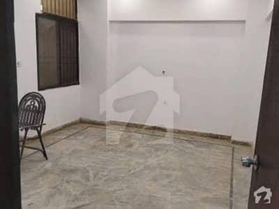 توحید کمرشل ایریا ڈی ایچ اے فیز 5 ڈی ایچ اے کراچی میں 1 کمرے کا 2 مرلہ کمرہ 17 ہزار میں کرایہ پر دستیاب ہے۔