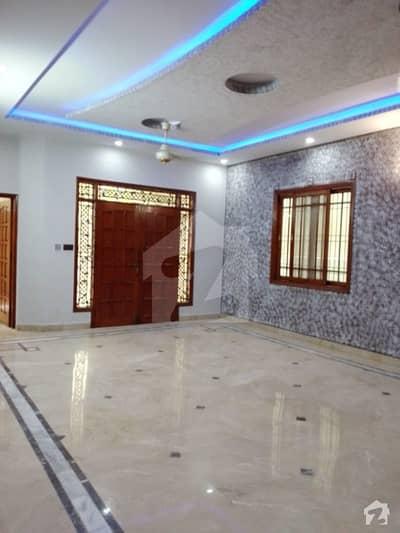گلستانِِ جوہر ۔ بلاک 15 گلستانِ جوہر کراچی میں 5 کمروں کا 12 کنال بالائی پورشن 80 ہزار میں کرایہ پر دستیاب ہے۔
