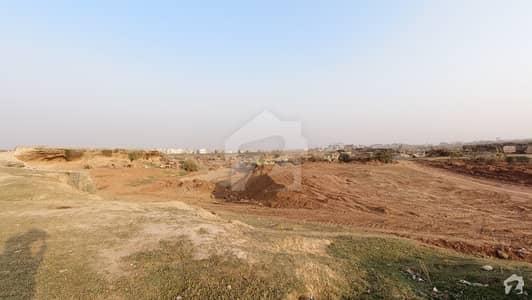 آئی۔12/3 آئی ۔ 12 اسلام آباد میں 6 مرلہ رہائشی پلاٹ 82 لاکھ میں برائے فروخت۔