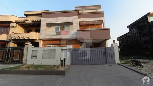 A House Of 3250 Square Feet In Rs 47,500,000