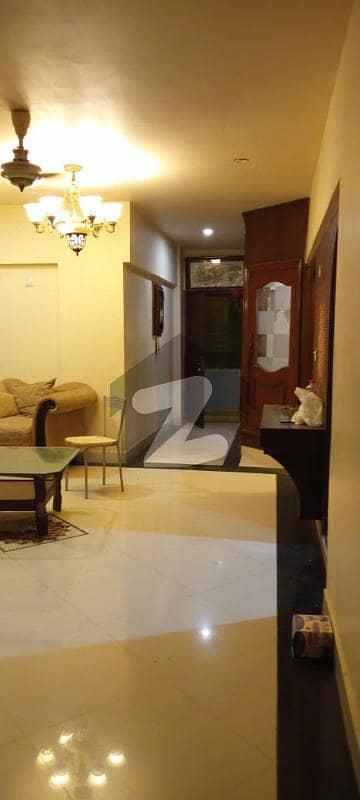 ڈی ایچ اے فیز 6 ڈی ایچ اے کراچی میں 2 کمروں کا 5 مرلہ فلیٹ 85 ہزار میں کرایہ پر دستیاب ہے۔