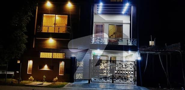 6.5 Marla Corner Brand New House For Sale