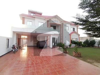 36 Marla Luxury Bungalow For Sale At Prime Location
