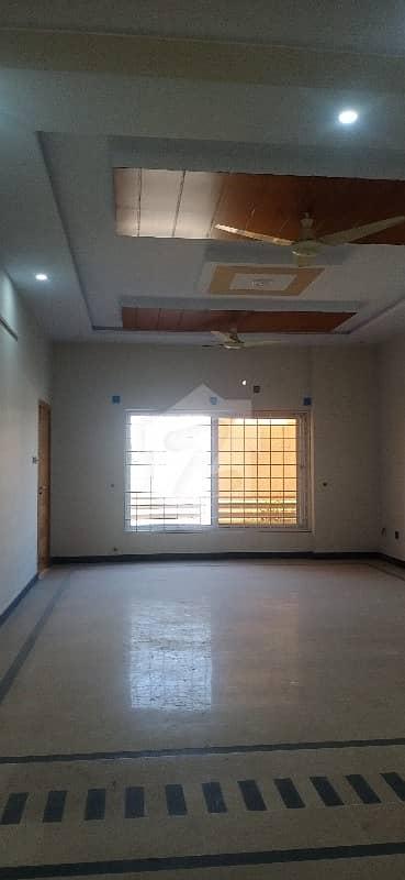 جی ۔ 15/3 جی ۔ 15 اسلام آباد میں 3 کمروں کا 1.1 کنال مکان 57 ہزار میں کرایہ پر دستیاب ہے۔