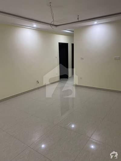 پرائم ٹاون آپارٹمنٹس یونیورسٹی ٹاؤن پشاور میں 3 کمروں کا 7 مرلہ فلیٹ 1.01 کروڑ میں برائے فروخت۔