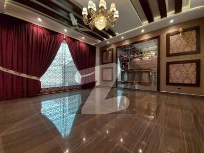 اسٹیٹ لائف ہاؤسنگ فیز 1 اسٹیٹ لائف ہاؤسنگ سوسائٹی لاہور میں 5 کمروں کا 1 کنال مکان 4.25 کروڑ میں برائے فروخت۔