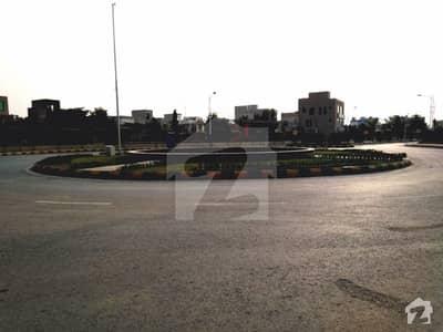 بحریہ نشیمن لاہور میں 5 مرلہ رہائشی پلاٹ 43 لاکھ میں برائے فروخت۔