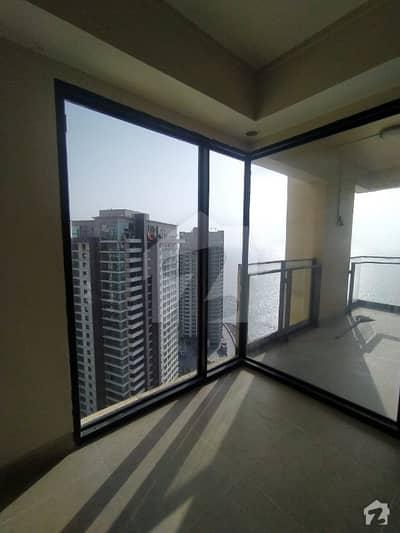 عمار کورل ٹاورز امارکریسنٹ بے ڈی ایچ اے فیز 8 ڈی ایچ اے کراچی میں 4 کمروں کا 13 مرلہ فلیٹ 7 کروڑ میں برائے فروخت۔