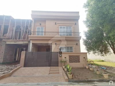 Hot Location Brand New 5 Marla House For Sale In Block Ee Wafi City