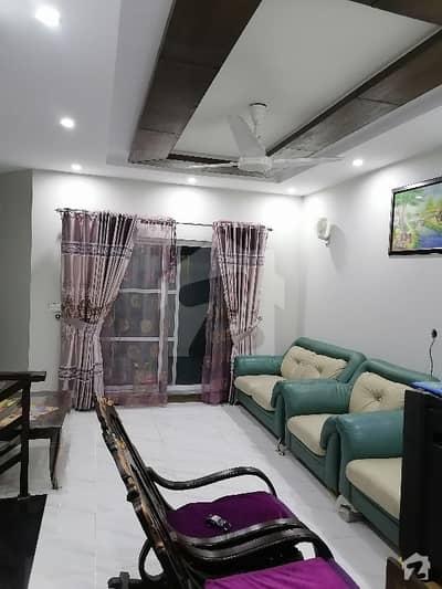 کیولری گراؤنڈ لاہور میں 3 کمروں کا 6 مرلہ مکان 1.65 کروڑ میں برائے فروخت۔