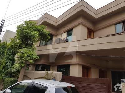 ڈی ایچ اے فیز 2 - بلاک ایس فیز 2 ڈیفنس (ڈی ایچ اے) لاہور میں 3 کمروں کا 6 مرلہ مکان 70 ہزار میں کرایہ پر دستیاب ہے۔