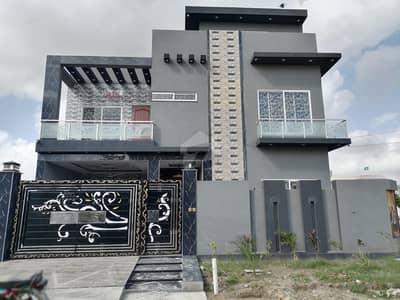 بسم اللہ ہاؤسنگ سکیم ۔ ابوبکر بلاک بسم اللہ ہاؤسنگ سکیم لاہور میں 5 کمروں کا 11 مرلہ مکان 2.5 کروڑ میں برائے فروخت۔