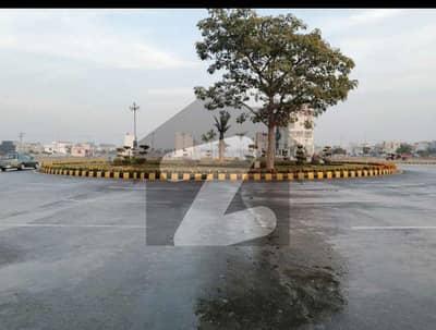 پارک ویو سٹی ۔ کرسٹل بلاک پارک ویو سٹی لاہور میں 5 مرلہ رہائشی پلاٹ 47.5 لاکھ میں برائے فروخت۔