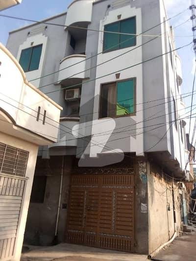 سمبڑیال سیالکوٹ میں 8 کمروں کا 3 مرلہ مکان 1.5 کروڑ میں برائے فروخت۔