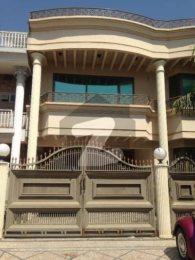 I-8 2 Proper Corner Triple Storey House Available For Sale