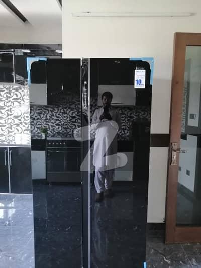 بحریہ ٹاؤن فیز 6 بحریہ ٹاؤن راولپنڈی راولپنڈی میں 4 کمروں کا 10 مرلہ مکان 2.75 کروڑ میں برائے فروخت۔